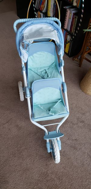 Vintage double kids stroller with adjustable back rest seats for Sale in Marysville, WA