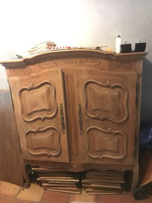 Antique Armoire $300 OBO for Sale in Coral Gables, FL