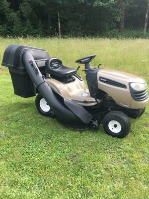 Craftsman DLS3500 Riding Lawn Mower (Can Deliver) for Sale in Ridgefield, WA