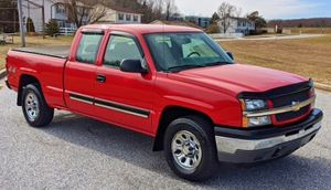 EXCELLENT CONDITION 05 CHEVY SILVERADO For Sale!! for Sale in Philadelphia, PA