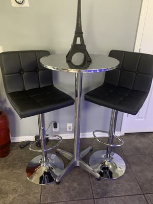 Brand new pub set includes (1 pub table + 2 bar stools) height adjustable and swivel. (Price is firm) for Sale in San Antonio, TX