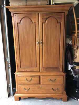 Armoire and 2 night stands for Sale in Cumming, GA
