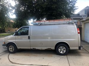 2003 Chevy express V6 for Sale in Berwyn, IL