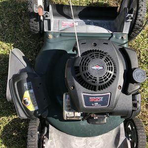 Lawn Mower for Sale in Winter Haven, FL