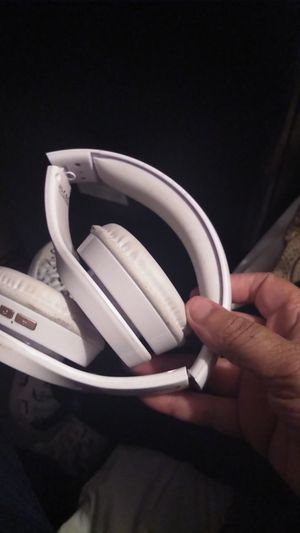Bluetooth headphones for Sale in Kent, WA