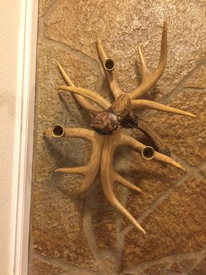 Faux antler Candelabra (3antlers) Excellent Condition for Sale in Tacoma, WA