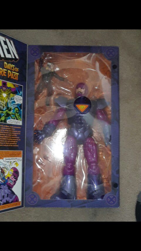 Marvel Legends sentinel