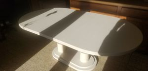 Ivory Laminate kitchen Table for Sale in Wilmette, IL
