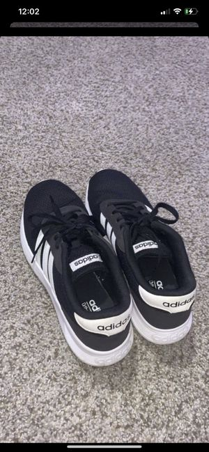Adidas Running Shoes for Sale in Marysville, WA