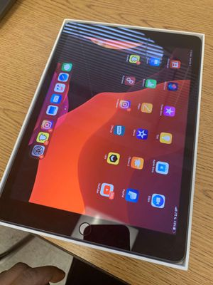 Apple IPad 7th Generation for Sale in Winter Haven, FL