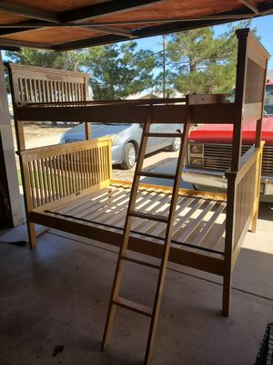 Bunk bed for Sale in Hesperia, CA