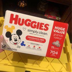 Huggies Simply Clean Wipes for Sale in Soledad,  CA