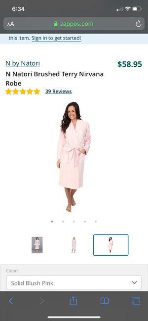 N Natori Brushed Terry Nirvana Robe for Sale in Manassas, VA