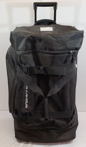 Under Armour Black Road Game XL Wheeled Duffle Bag LOCAL PICKUP ONLY AUSTIN TEXAS for Sale in Austin, TX