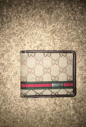 Gucci wallet for Sale in Marlborough, MA