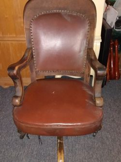 1914 Bank Office Chair for Sale in Clinton,  MD
