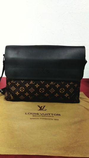 Messenger bag for Sale in Tempe, AZ