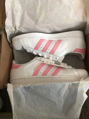 Girls Adidas Superstar J size 5 1/2. 2 Pairs for Sale in Flower Mound, TX