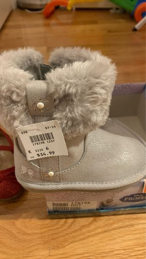 Frozen toddler size 6 new boots girls for Sale in Massapequa, NY