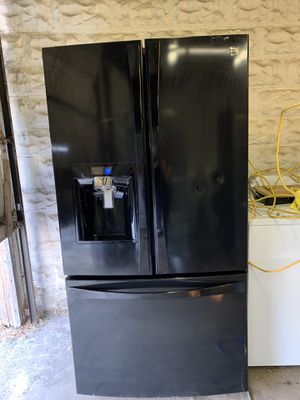 Kenmore Black French Door 2015 for Sale in East Providence, RI