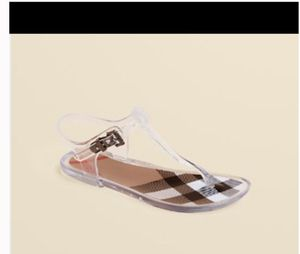Burberry Sandals Little Girl Size 13.5 for Sale in Metairie, LA