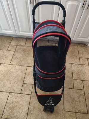 Stroller room for dog roodo pet products for Sale in Los Angeles, CA