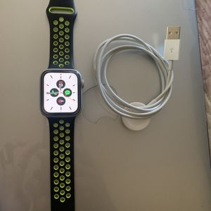Apple Watch Series 4 44mm Cellular Nike Edition for Sale in El Cajon, CA