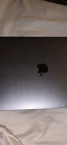 MacBook Air 13.5 in for Sale in New York, NY