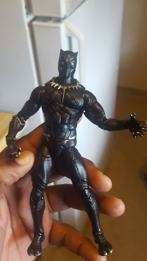 Black panther action figure for Sale in Fresno, CA