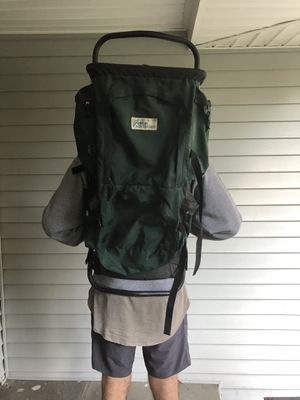 Vintage High Adventure External Metal Hiking BackPack. Super Light in Weight! for Sale in Briarcliff Manor, NY