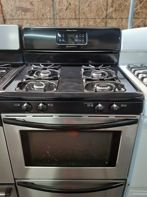 $399 Frigidaire stainless gas stove includes delivery in the San Fernando Valley a warranty and installation for Sale in Los Angeles, CA