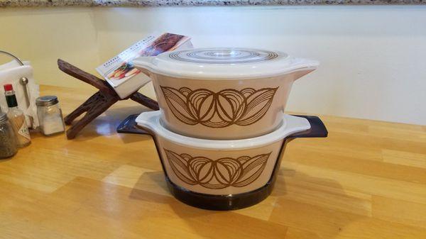 Pyrex 2 1/2 Quart #475-B Serving Bowl