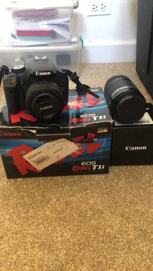 Canon Rebel T1i for Sale in Lombard, IL