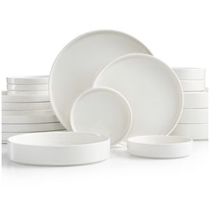 20 piece service for 4 stocking dinnerware set for Sale in Brooklyn, NY