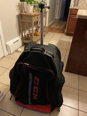CCM hockey bag luggage sports rolls for Sale in Hamden, CT