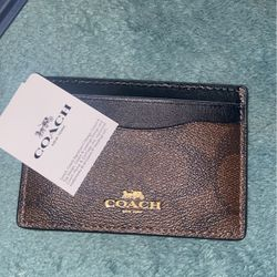Card Wallet coach for Sale in Wildomar,  CA