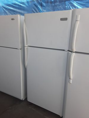 $265 Frigidaire white 18 cubic fridge includes delivering the San Fernando Valley a warranty and installation for Sale in Los Angeles, CA