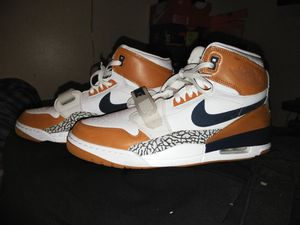 Jordan Legacy 321 Just Don-size 13-Mint Condition for Sale in Tampa, FL