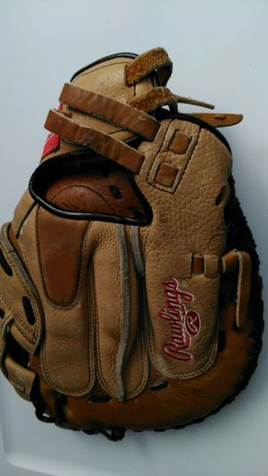 Fastpich softball Rawlings catcher mitt glove 33 for Sale in San Leandro, CA