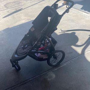 4 Piezas Stroller - Coche De Bebe for Sale in Los Angeles, CA