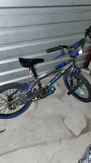 """18"""" bike for $60 for Sale in Houston, TX"""