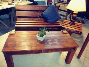Handmade pallet bench, coffee table, and end table for Sale in Rapid City, SD