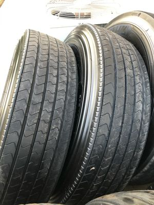 BRAND NEW MICHELIN X LINE ENERGY TRAILER TIRES 275/80/22.5 for Sale in Sanger, CA