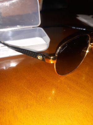 Gucci aviator sunglasses for Sale in Melrose Park, IL