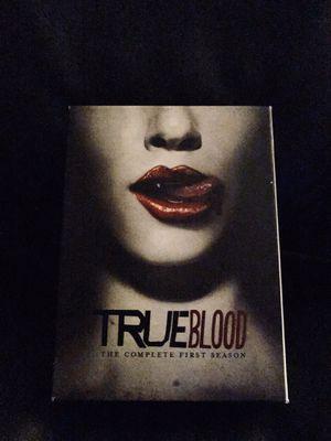 TRUE BLOOD FIRST SEASON PLUS BONUS DISC for Sale in Long Beach, CA