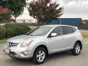 2013 NISSAN ROGUE S SPORT SUV SPECIAL EDITION LOW MILES for Sale in San Francisco, CA