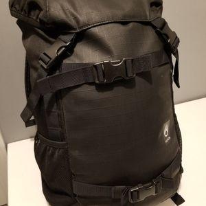 Nixon Landlock 3 35L Black Backpack for Sale in Waukegan, IL