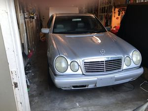 1999 Mercedes E320 (parts) for Sale in Citrus Heights, CA