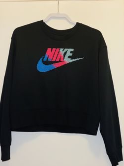 Nike women's cropped sweater size L for Sale in Germantown,  MD
