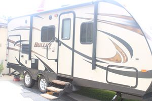 26' Bullet Trailer w/ all hookups included for Sale in Whittier, CA